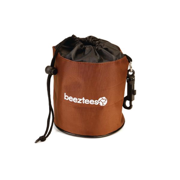 Beeztees torbica za posladke - rjava ali zelena - 32 cm