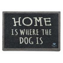 Preproga Home Is Where The Dog Is, temno modra - 50 x 70 cm