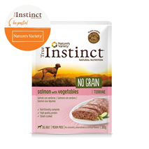 True Instinct No Grain Adult Medium/Maxi - losos in zelenjava - 300 g