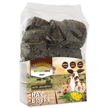 Nature Land Hay Blocks z regratom - 600 g
