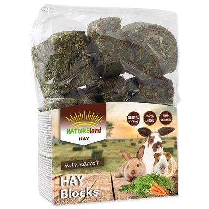 Nature Land Hay Blocks s korenjem - 600 g